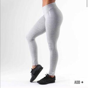 NWOT Gymshark Leggings/pants